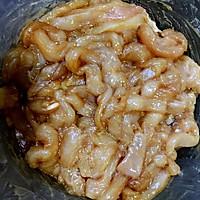 鸡丝豆角焖面-炒鸡好吃的做法图解1