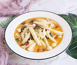 既能当汤又能做菜的上汤菌菇的做法
