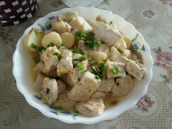 素吃茨菇~茨菇烧豆腐的做法