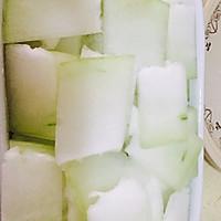#爽口凉菜,开胃一夏!#五花肉火腿蒸冬瓜的做法图解1