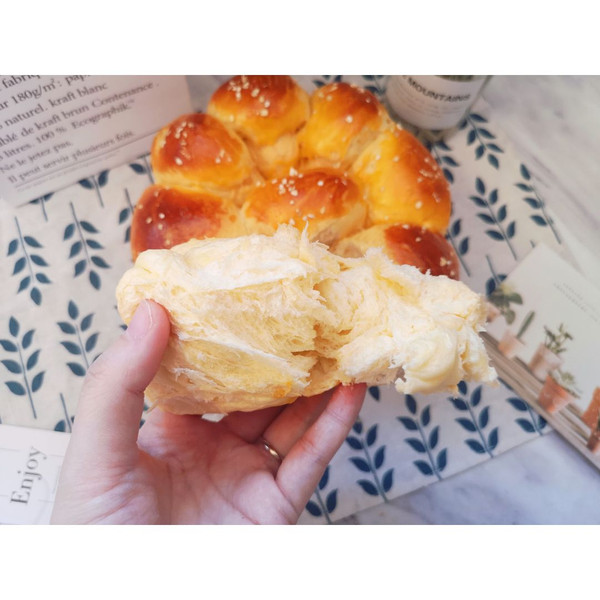 超级柔软的手撕小面包(手揉版)的做法