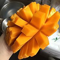 港式甜品经典——芒果西米露的做法图解3