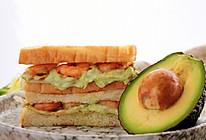 鲜虾牛油果三明治的做法