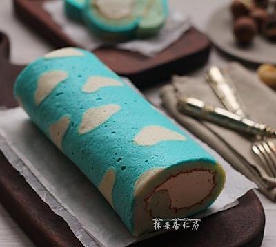蓝天白云蛋糕卷