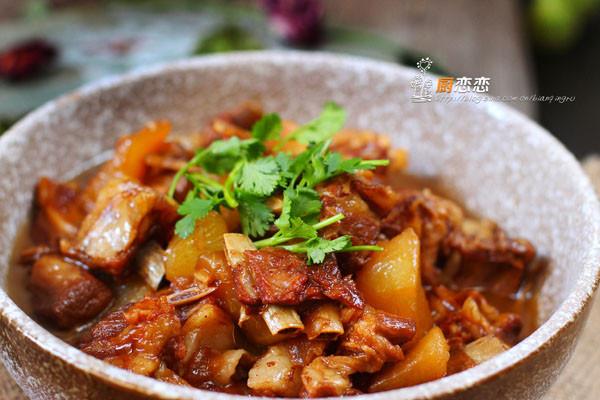 萝卜煲羊排的做法