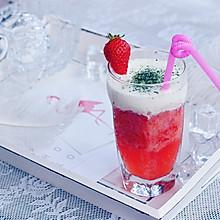 草莓芝士奶盖