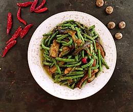 下饭菜豇豆烩茄子的做法