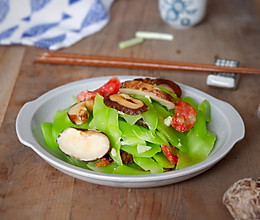 花菇腊肠炒青笋的做法