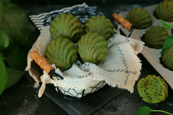 抹茶蔓越莓玛德琳