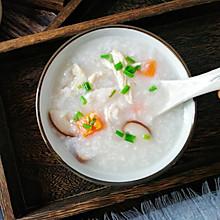#今天吃什么# 香菇滑鸡粥,鸡肉滑嫩不柴,粥绵软香滑