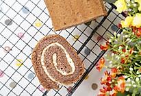 可可蛋糕卷的做法(烤箱做可可蛋糕卷)的做法