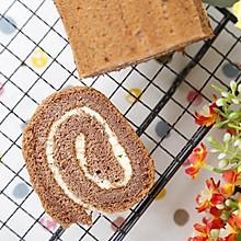 可可蛋糕卷的做法(烤箱做可可蛋糕卷)