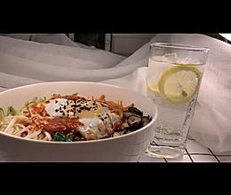 懒人版韩式拌饭的做法