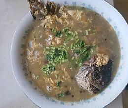 博山砸鱼汤的做法