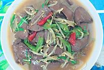 鸭血炒辣椒的做法