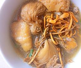 猴头菇竹荪虫草花鸡汤的做法