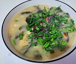 芝麻叶豆腐汤的做法