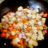 咖喱土豆牛肉的做法图解5