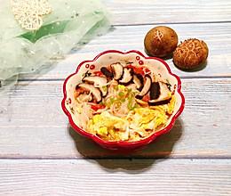 蕃茄菌菇鸡蛋面的做法