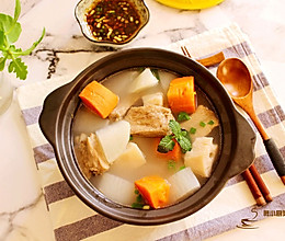 #冬天就要吃火锅#萝卜莲藕排骨火锅的做法