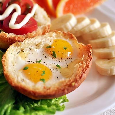餐包芝士烤蛋