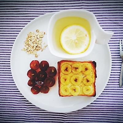 黄油香蕉烤吐司