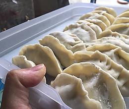 香菇鸡肉豆腐馅饺子的做法
