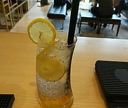 柠檬柚子苏打水的做法