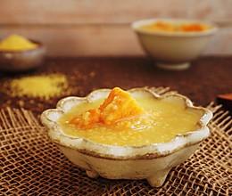 秋季美容养生红薯小米粥的做法