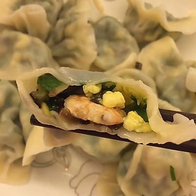 韭菜虾仁三鲜水饺