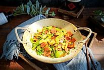 超级下饭菜-青椒火腿炒鸡蛋的做法