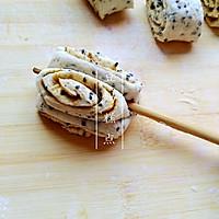 【麻香卷】——黑芝麻的另类吃法,芝麻酱花生酱做成卷子浓浓香的做法图解6
