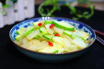 土豆炒西葫芦