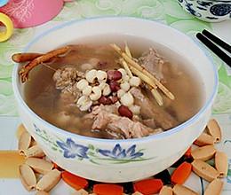 五指毛桃根清热补虚汤的做法