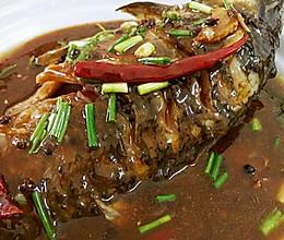 滑嫩红烧鱼的做法