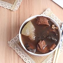 广东老火靓汤-生地土茯苓汤