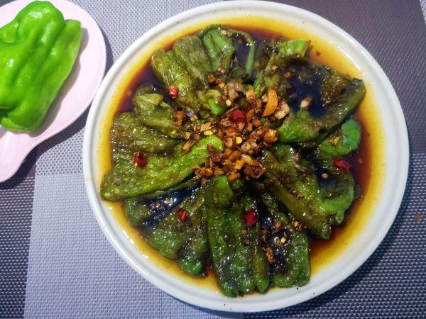 红烧肉也不换的虎皮青椒的做法