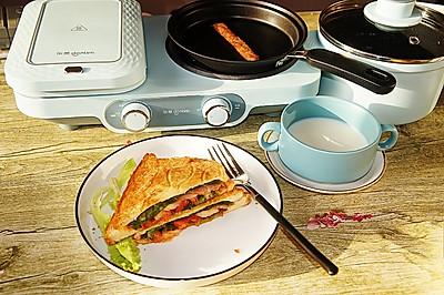 早餐:牛奶玉米三明治