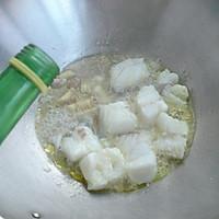 鳕鱼豆腐汤——冬季暖身的做法图解5