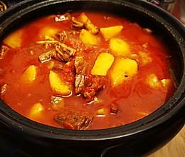 西红柿炖牛腩土豆的做法