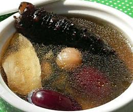 海参花胶汤的做法
