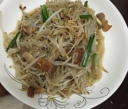 豆芽炒肥肉的做法