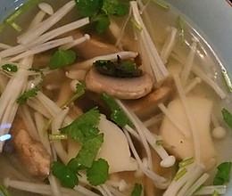 懒人菌汤的做法