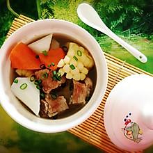 排骨山药玉米汤