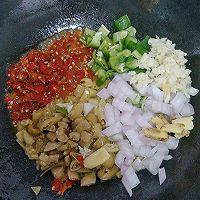 双椒爆炒鸡胗#金龙鱼外婆乡小榨菜籽油 最强家乡菜#的做法图解9