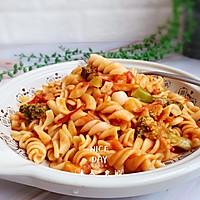 #肉食者联盟#培根芝士番茄意面的做法图解9