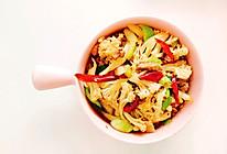 #李锦记旧庄蚝油-蚝油肉片花菜的做法