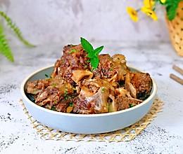 #肉食者联盟#酱香牛大骨