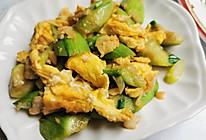 营养清淡菜——丝瓜炒鸡蛋的做法