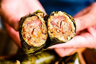 手把手教你做超级好吃的咸味粽——蛋黄肉粽